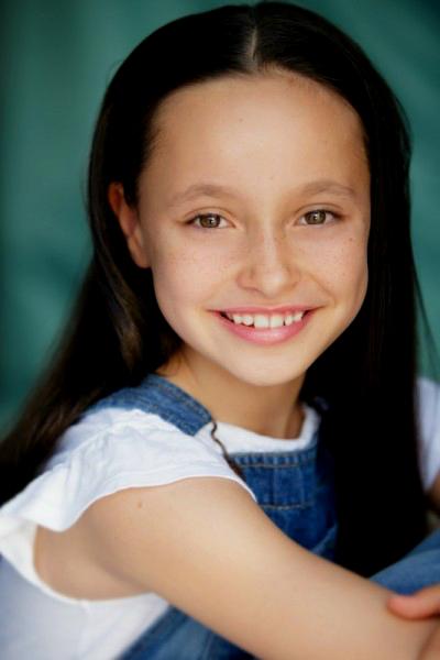 Chloe Brink 1